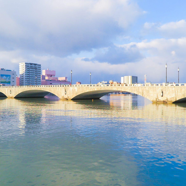 最先端技術で造られた萬代橋